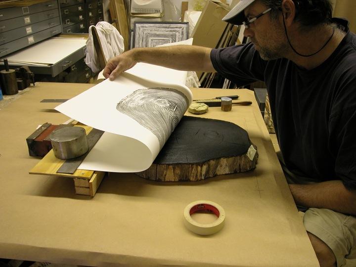 הדפסי עצים של בריאן נאש גיל