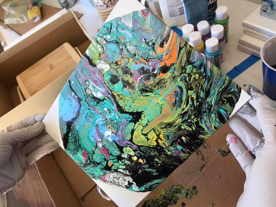 טכניקת נזילות צבע