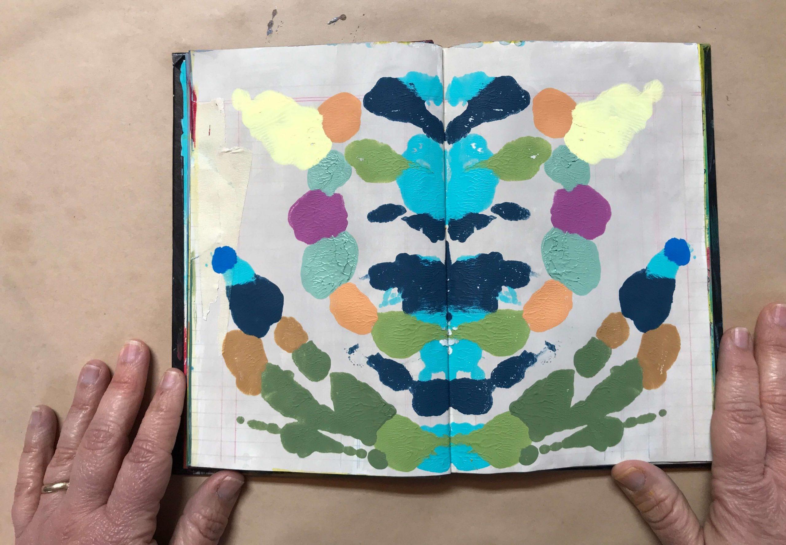 איך לצייר ציור מראה (רורשאך) צבעוני