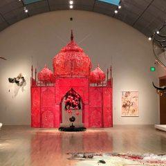 רינה באנרג'י: ביקור בתערוכה מרתקת